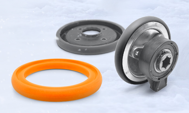 Snow blower clutch rings